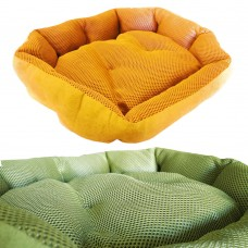 Cuccia per cani e gatti soffice e in tessuto telato adatto sia per i periodi caldi che quelli freddi cod. 102